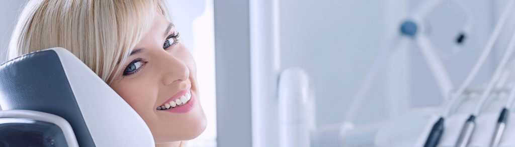 protezy dentystyczne